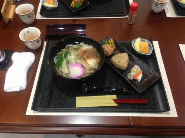 lunch1122-02.jpg